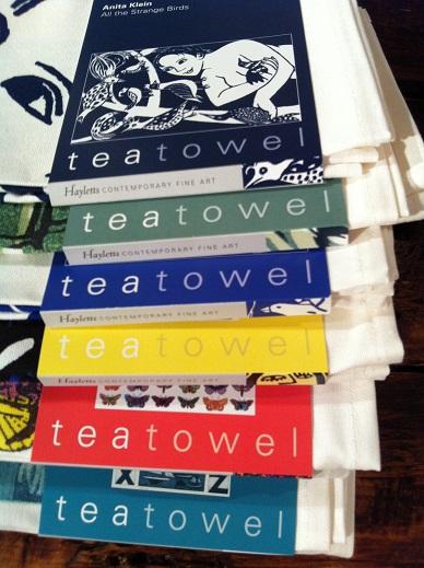 tea towel stack edges