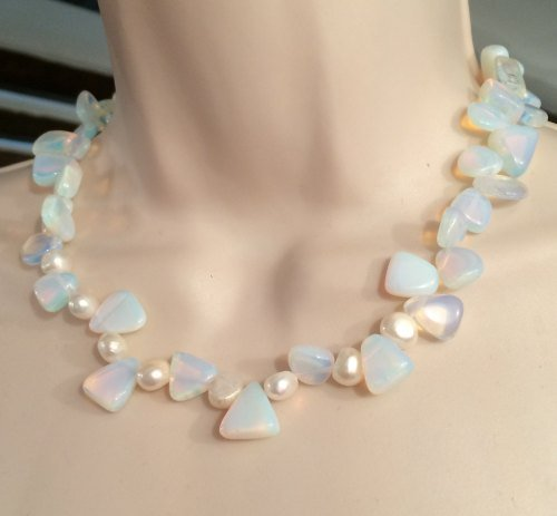 ''Moonstone & Pearl Necklace