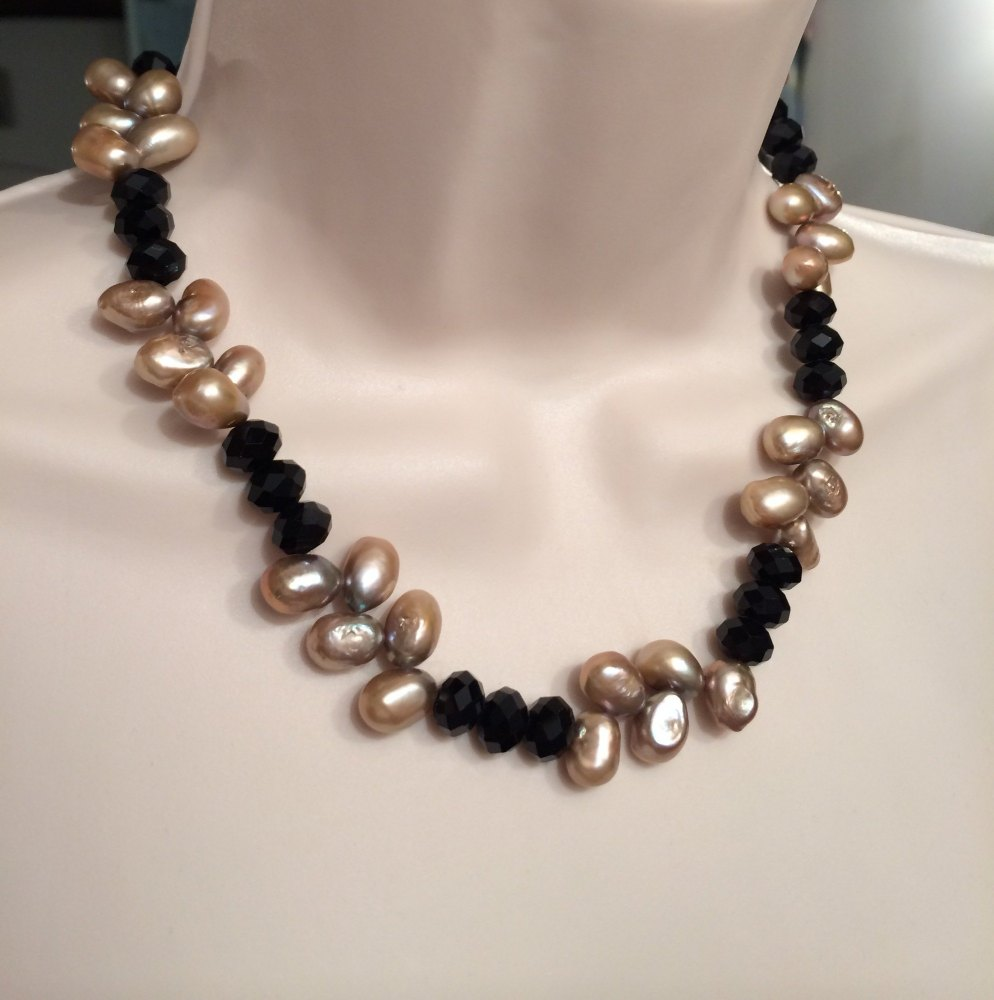 ''Brown & Black Necklace
