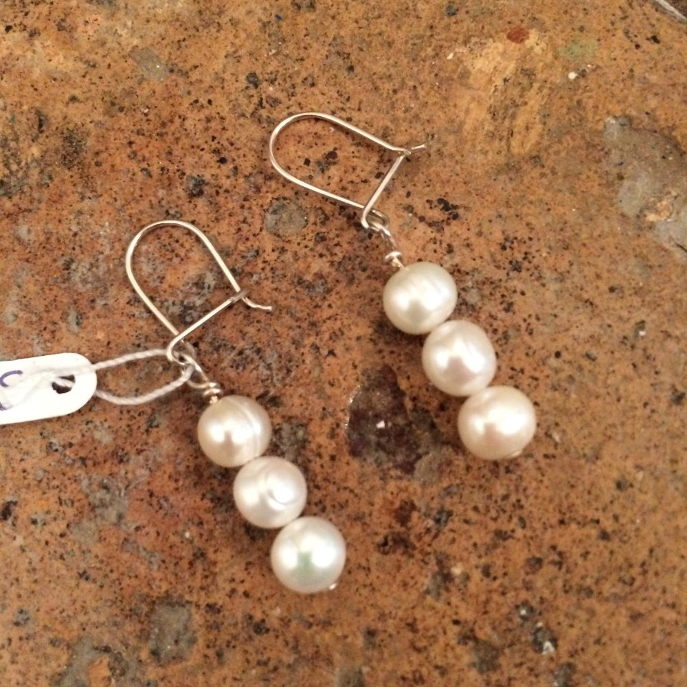 ''White Pearl Earrings