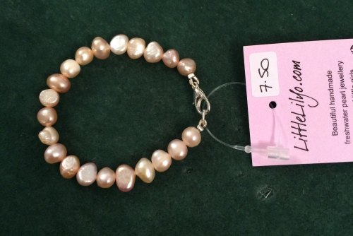 ''CHILD'S Pink Pearl Bracelet