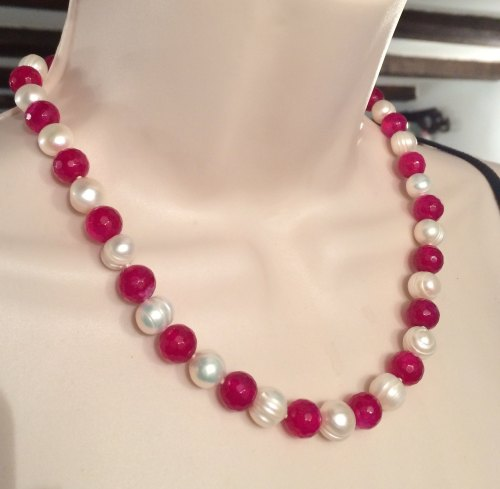 ''Pearl & Agate Necklace