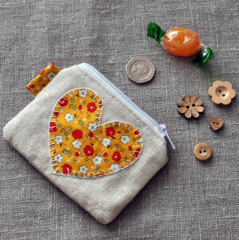 Coin Purse in Yellow Heart