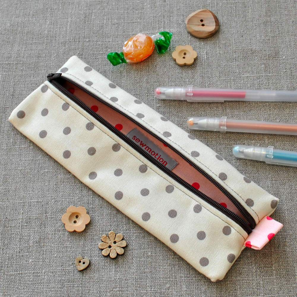 Small Pencil Case in Spotty Cream & Brown