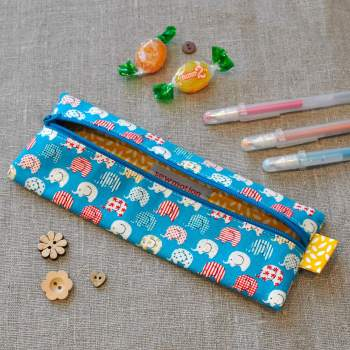 Small Pencil Case in Blue Elehpants