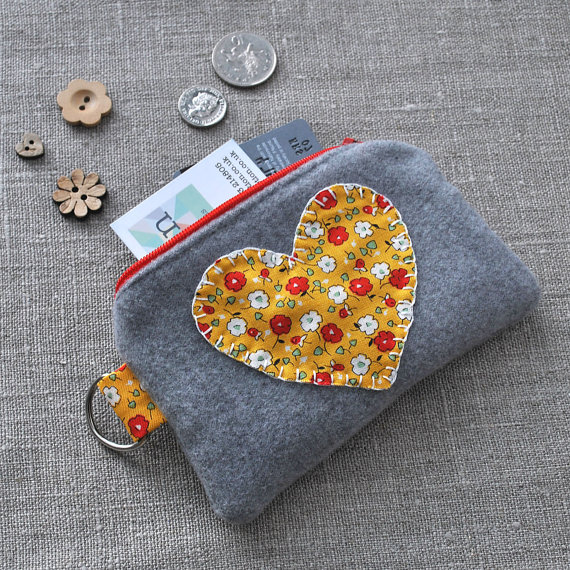 Posies Heart Purse in Red, White & Yellow on Grey
