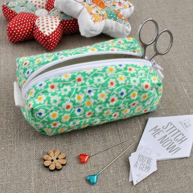 Small Box Pouch in Green Florals - Make-Up Pouch, Sewing Kit