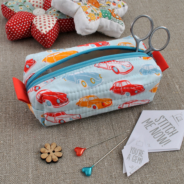 Small Box Pouch in Vintage Cars - Make-Up Pouch, Sewing Kit