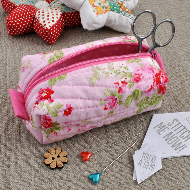 Small Box Pouch in Tanya Whelan Vintage Rose - Make-Up Pouch, Sewing Kit