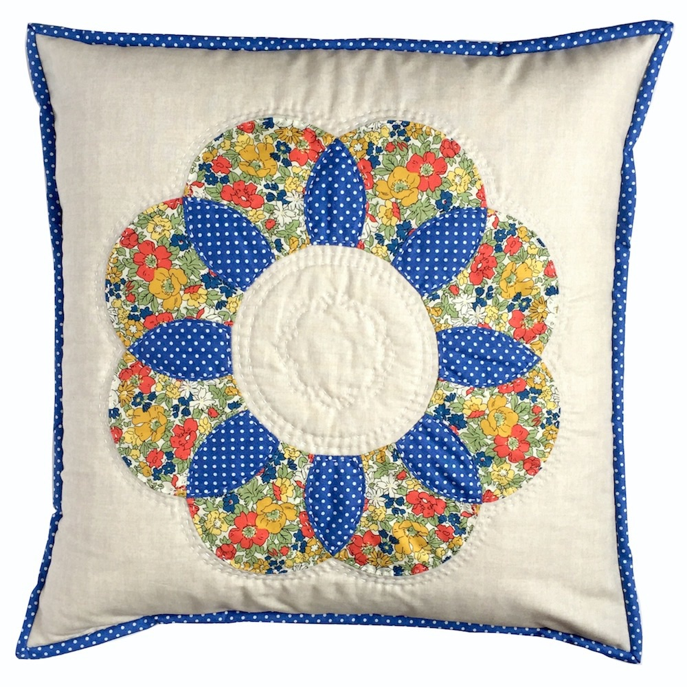 Curved EPP Flower Cushion Kit in Liberty Floral - English Paper-piecing Cus