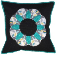 <!-- 004 -->Curved EPP Flower Cushion Kit in Grey Nesting Birds - English Paper-piecing Cushion Kit
