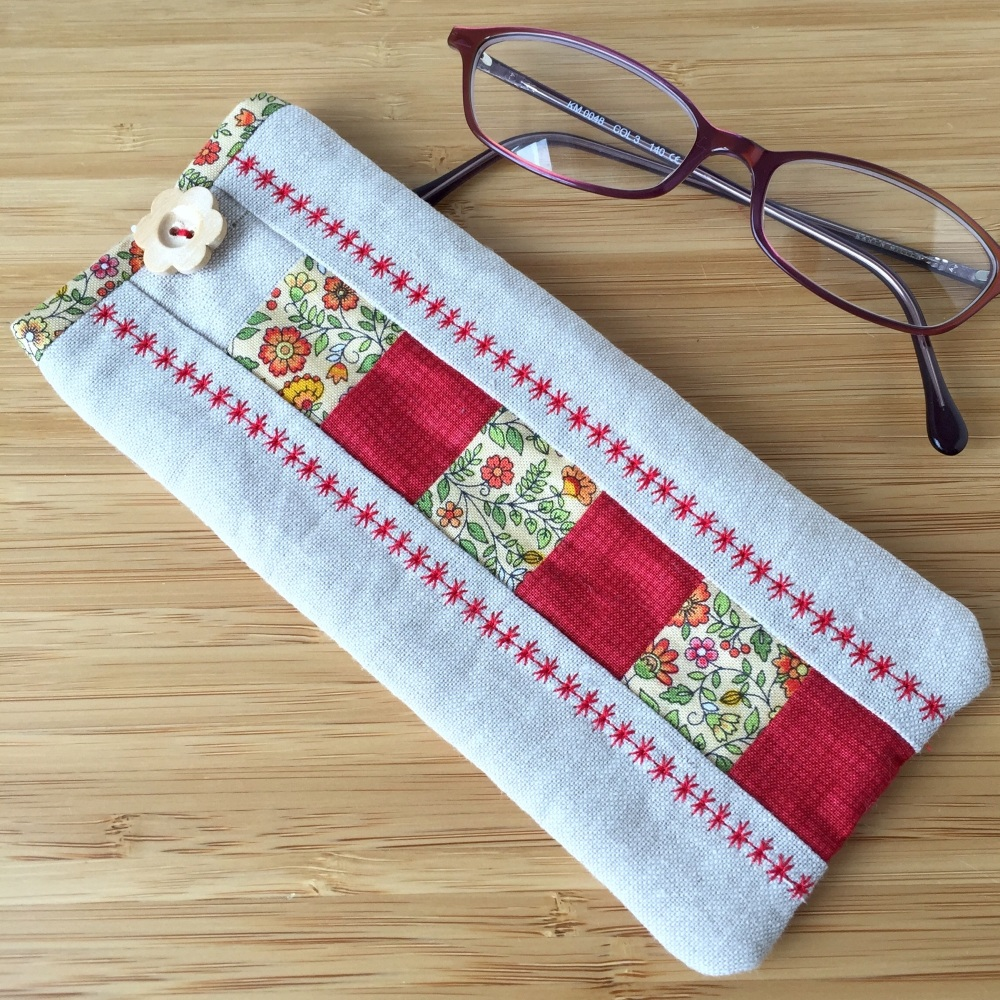 Patchwork Glasses Case Kit in Red & Yellow