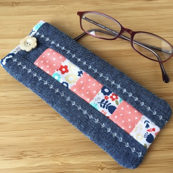 Patchwork Glasses Case Kit in Blue & Peach