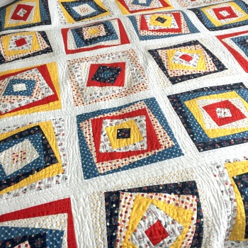 Wonky Squares Quilt & Cushion Set