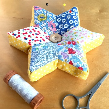 EPP Star Pincushion Kit in Vintage Prints - English Paper-Piecing Pincushion Kit