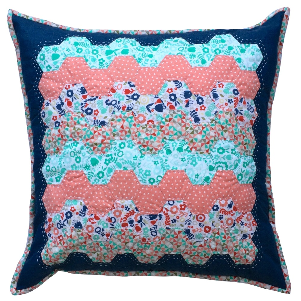 <!-- 001 -->Hexy Cushion Kit in Blue & Red - English Paper Piecing (EPP) He