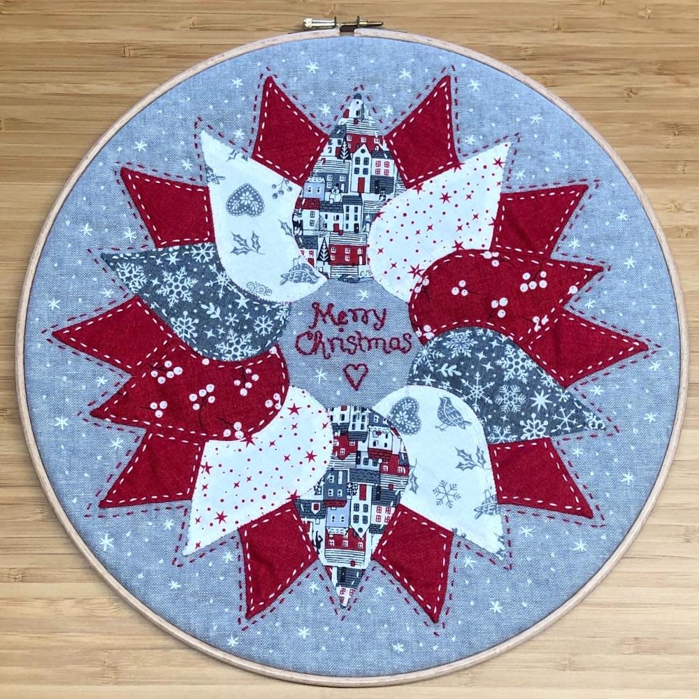 <!-- 001 -->Wreath Hoop Art Pattern - Includes pre-cut papers