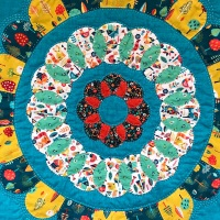 <!-- 002 -->Folksy Sun Spell Wall Hanging Kit - English Paper-Piecing kit