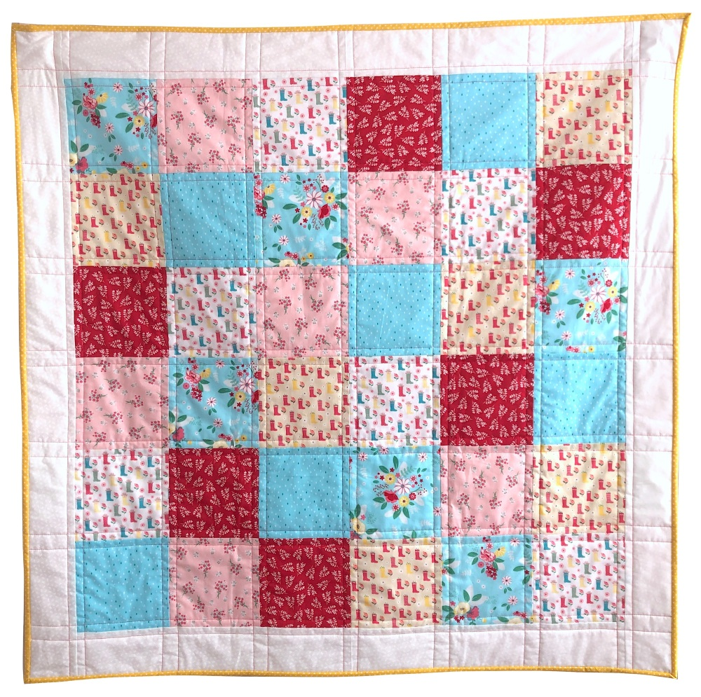 <!-- 001 -->Quick & Easy Quilt Kit in Singing in the Rain - Beginner's Quil