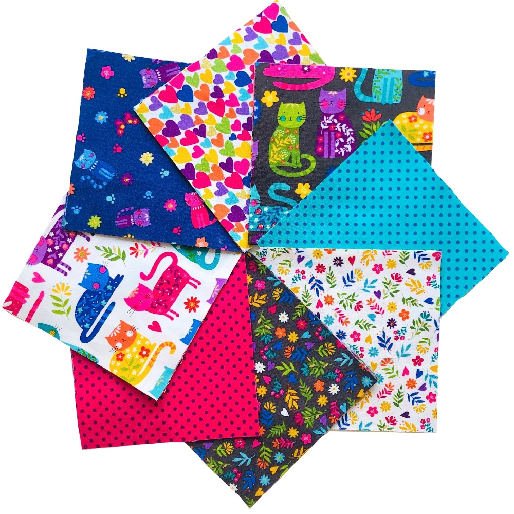 <!-- 001 -->Quilter's Pre-cut 42pc Charm Pack in Katie's Cats