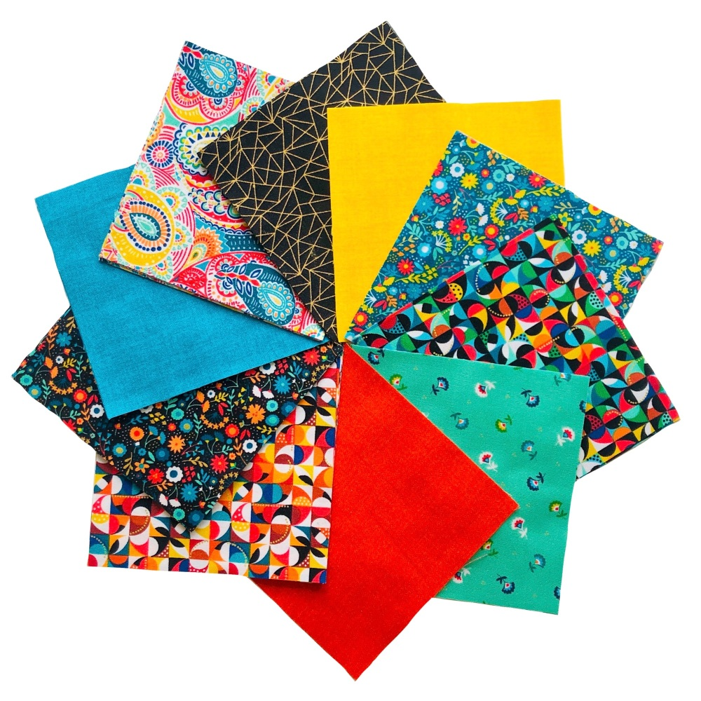 <!-- 001 -->Quilter's Pre-cut 42pc Charm Pack in Folksy Friends