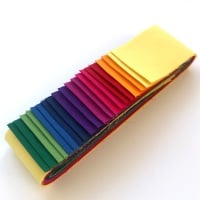 Quilter's Pre-cut 20pc Fabric Strip Set in Makower's Spectrum Solids v2