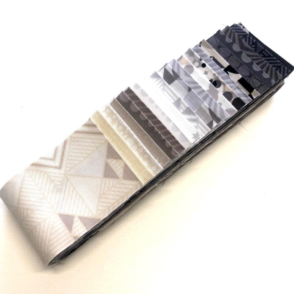 Quilter's Pre-cut 20pc Fabric Strip Set in Monochrome