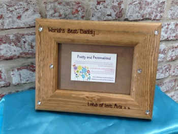 World's Best Daddy' personalised wooden photo frame