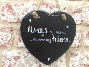 Personalised slate heart sign/plaque mum friend