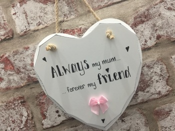 Mum friend white heart personalised plaque