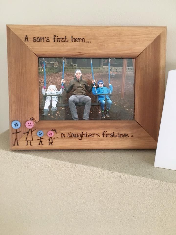 button head wooden frame