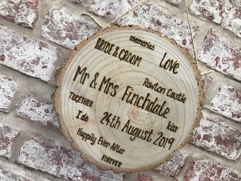 Personalised wooden log slice plaque / sign Wedding Gift - 3 sizes