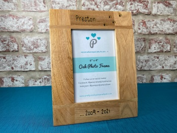 Memorial Dog, Cat / Name and Date  - Personalised Solid Oak Wood Photo Frame
