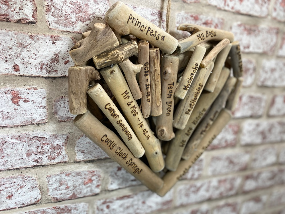 <!-- 091 -->Driftwood Gifts