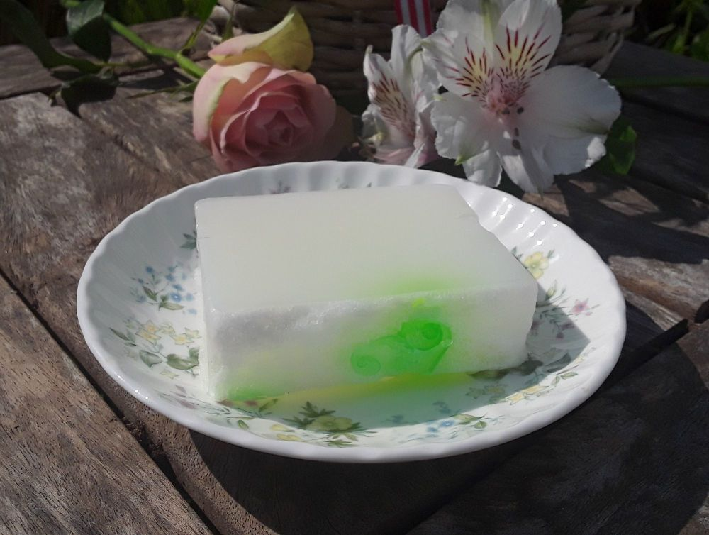 Apple & Elderflower Soap