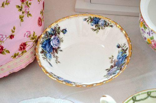Vintage Royal Albert Moonlight Rose Bowl