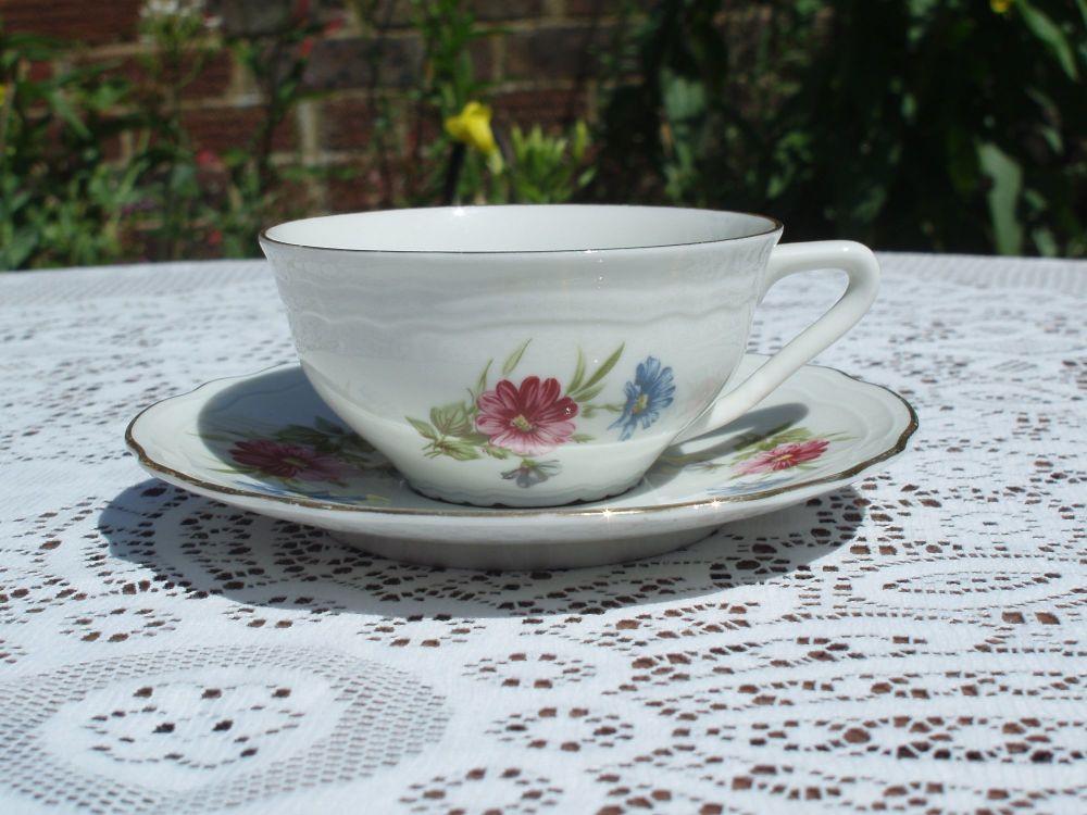 Vintage Arco Veritable Porcelaine de Luxe Coffee Cups