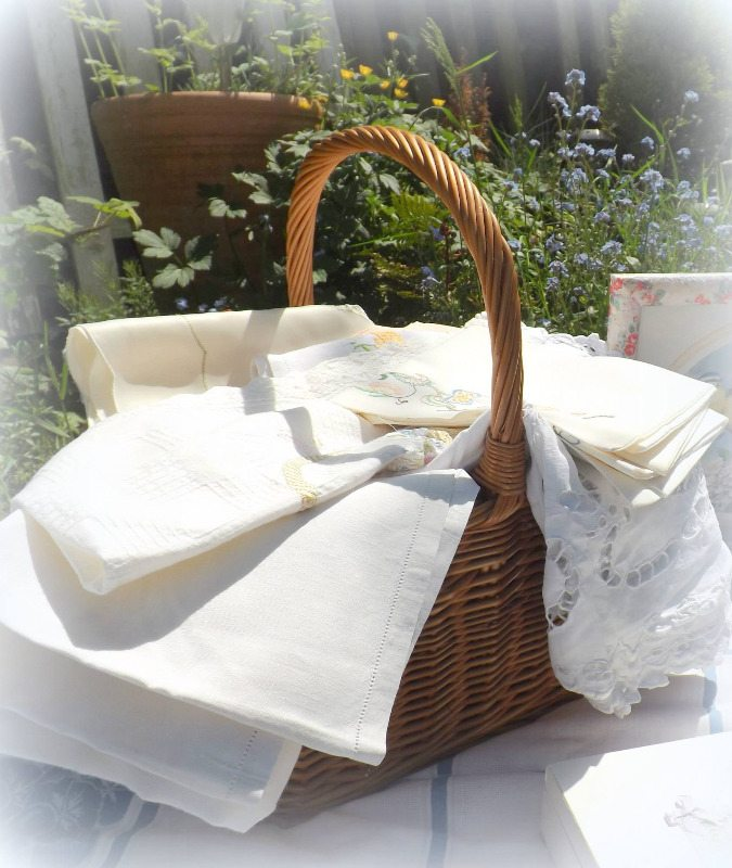 Vintage Linens at The Cottage Heart