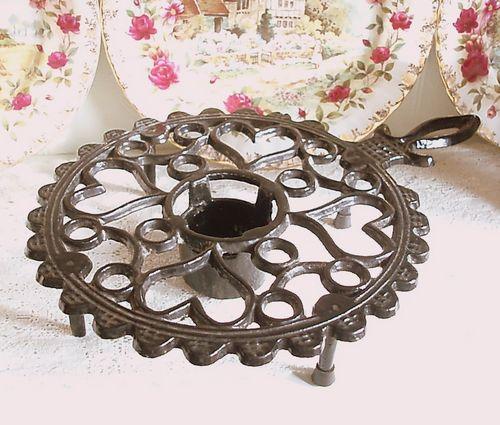 Vintage Black Enamel Cast Iron Plate Warmer