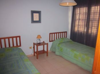 twin bedroom orion apartment to rent