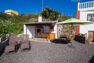 Juanita rural house to rent canaries