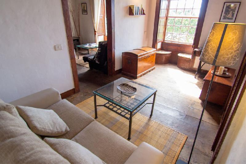 casa juanita lounge