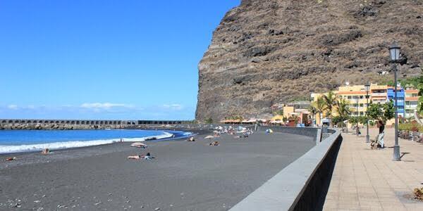 puerto tazacorte beach la palma