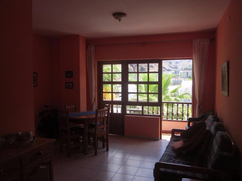 self-catering apartment suitable for small children tazacorte la apalma canaries spain