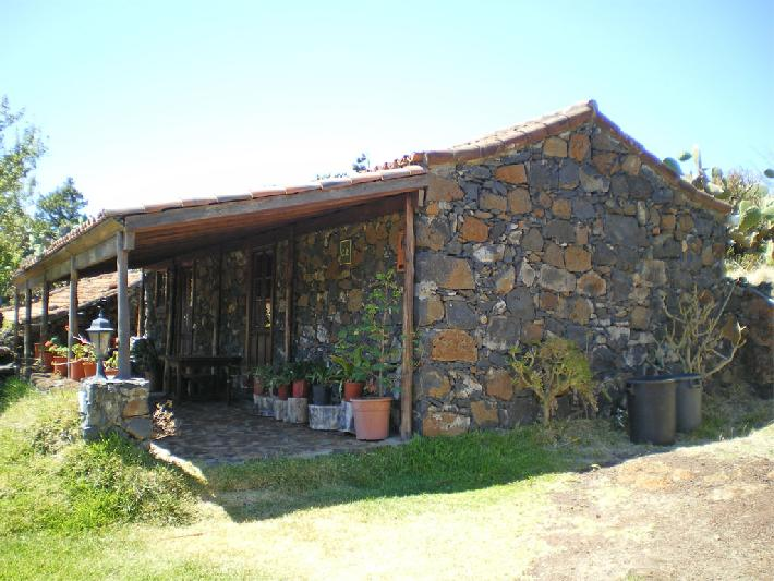 rural house to rent garafia la palma