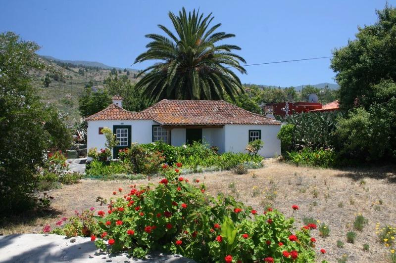 Rural house king size bed el Paso La Palma