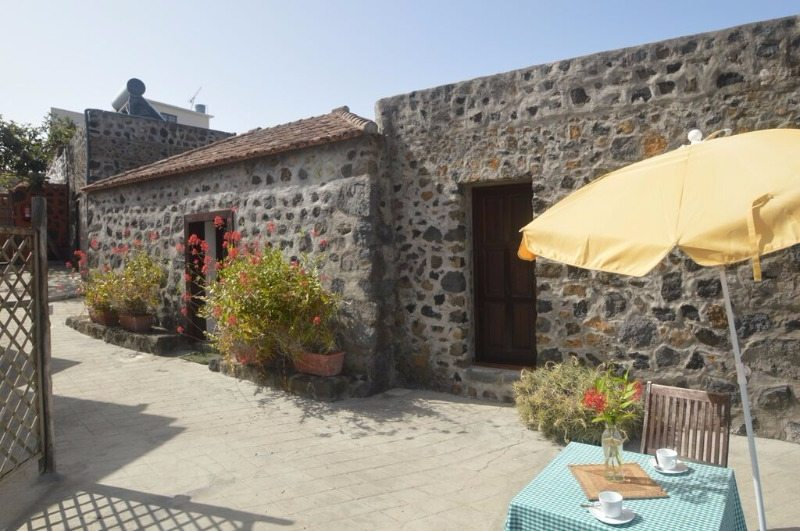 Holiday cottage with swimming pool el paso la palma