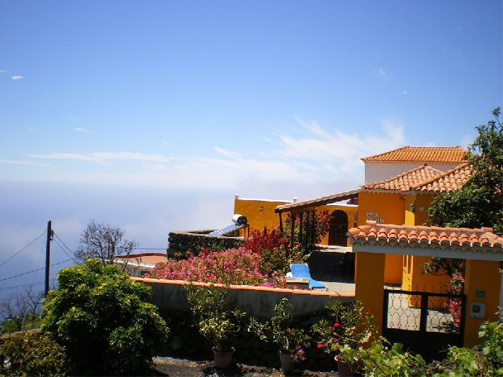 2-bedroom rental house with sea views fuencaliente la palma