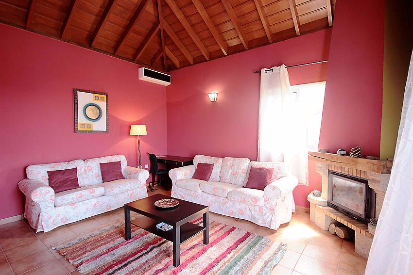 Family lounge - Villa suitable for families, groups or couples