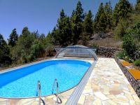 family villa with heated pool la Palma tijarafe west